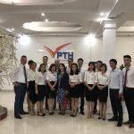 Đại diện nghiệp đoàn và đại diện các công ty phái cử chụp ảnh lưu niệm cùng CBCNV Phúc Thái